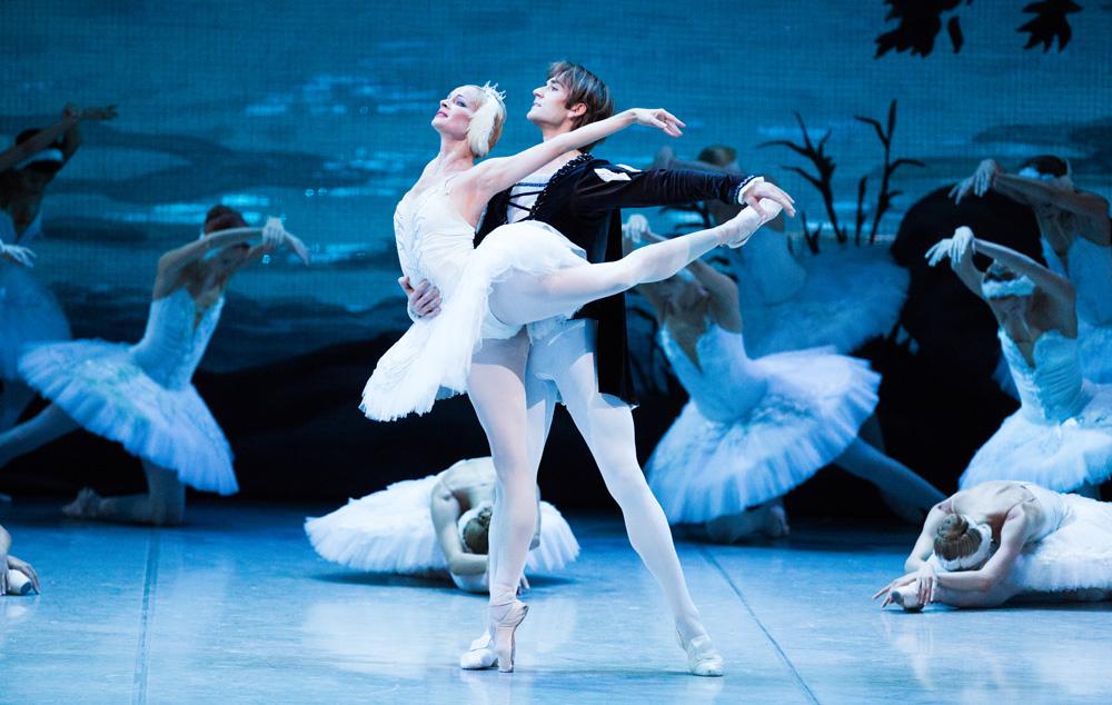 Лебединое озеро в михайловском театре цена билетов цена билетов в театр им пушкина