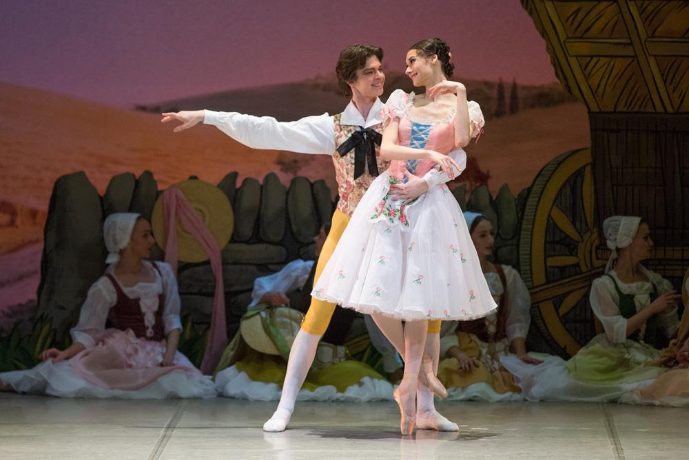Тщетная предосторожность балет купить билеты концерт шарля азнавура в москве билеты