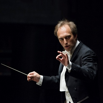 Roland Böer to conduct Mozart and Puccini